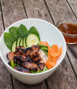 Vietnamese pork bun is a cool refreshing meal in a bowl perfect for those hot, sticky summer nights.