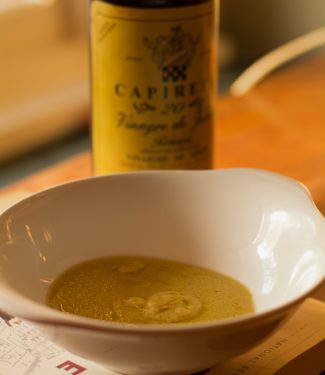 Simple French Vinaigrette