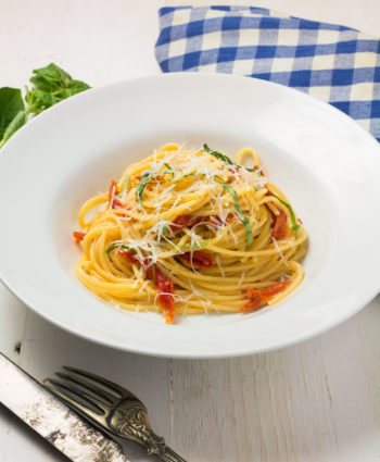 spaghetti with sun-dried tomatoes and pecorino romano