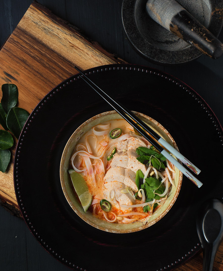 When you crave a delicious asian noodle soup Thai curry noodle soup delivers.