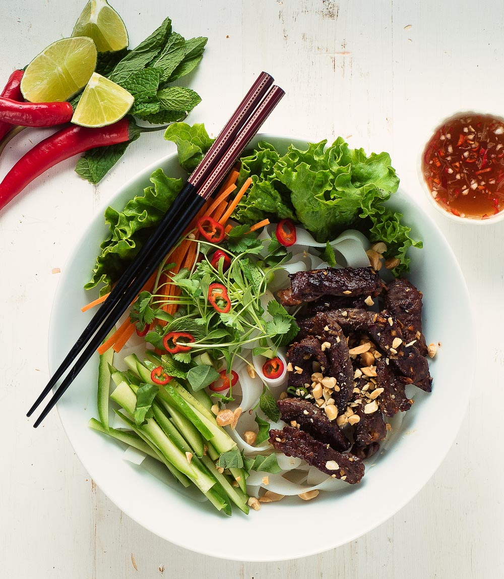 Vietnamese beef noodle salad makes a great weeknight dinner any time of year.