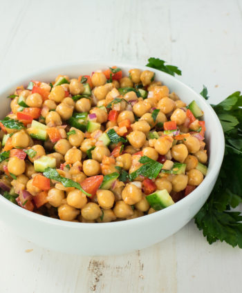 chickpea salad with sun-dried tomato vinaigrette