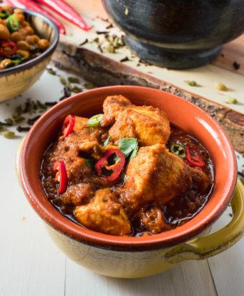 indian restaurant vindaloo curry