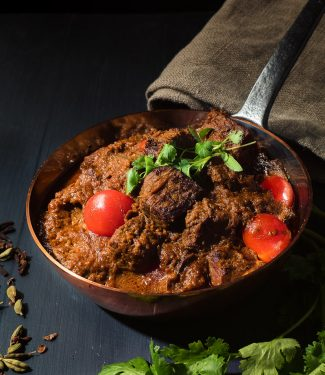 Homestyle beef rogan josh for huge Indian flavours.