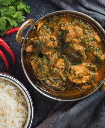 nearly restaurant style chicken saag curry