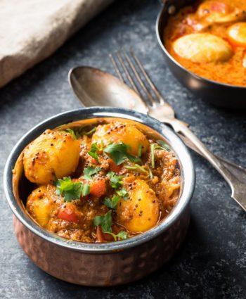 bombay potatoes – restaurant style bombay aloo