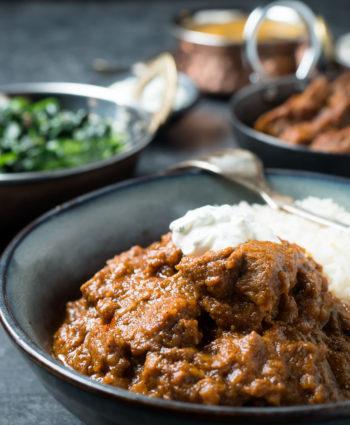 laal maas – spicy lamb curry
