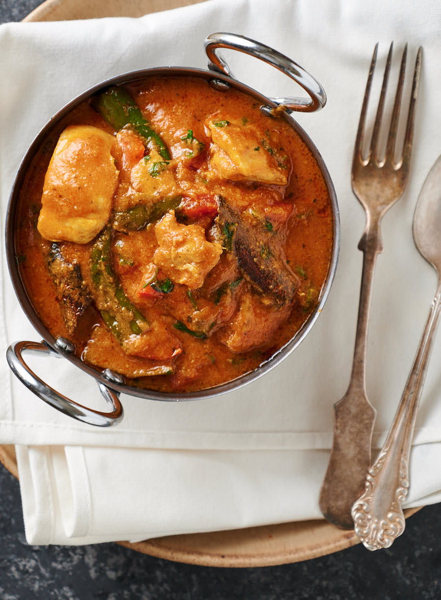 Bowl of chicken masala from above.