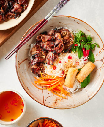 bun thit nuong – vietnamese grilled pork with rice noodles