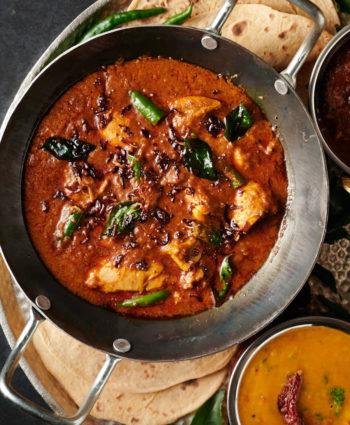 kerala chicken curry (nadan kohzi) – Indian hotel style