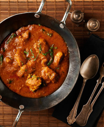achari chicken curry – indian hotel style