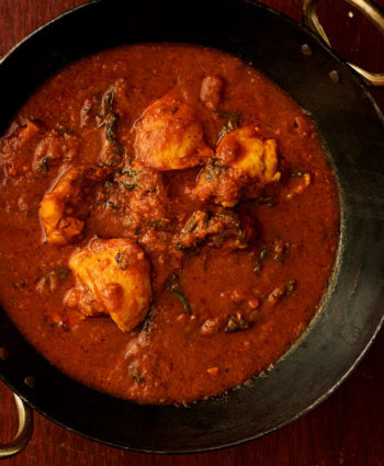 methi chicken curry – indian hotel style