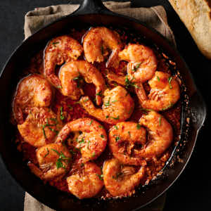 korean bbq shrimp in a cast iron pan from above