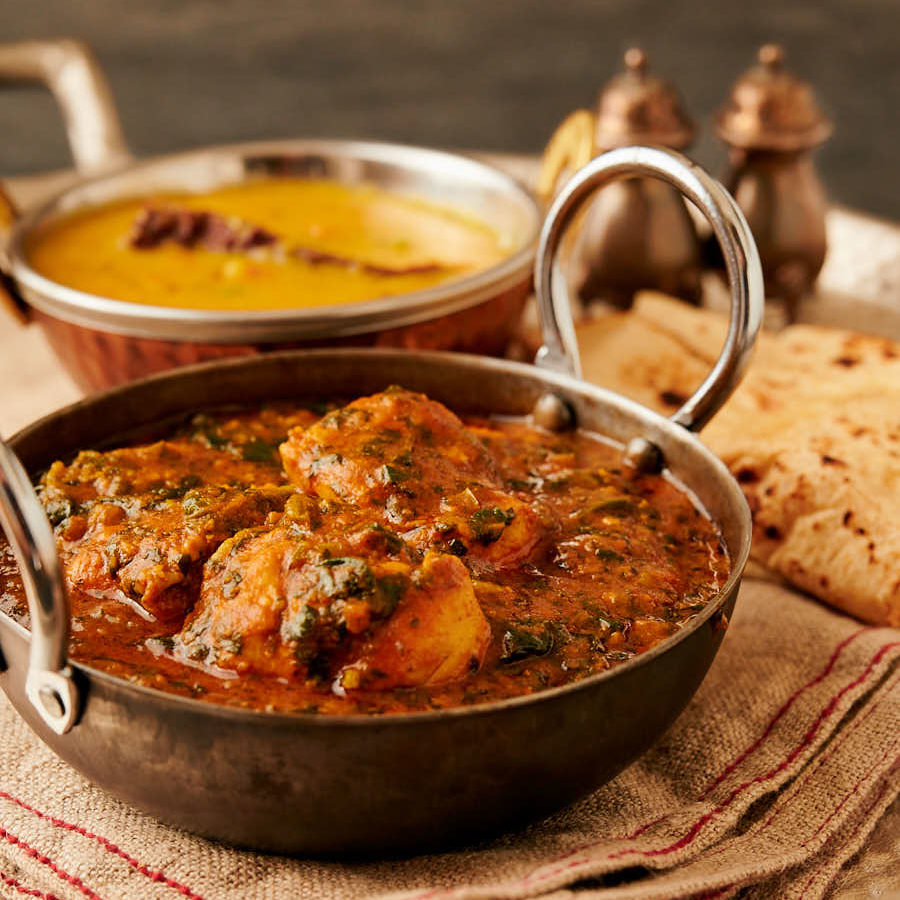 palak chicken curry (saagwala) – indian hotel style